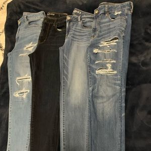👖 💕 4 pairs of American Eagle skinny jeans 👖 💕